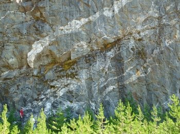 MIgmatite at the Diablo Overlook. We'll learn about these complex rocks on the North Cascades trip.