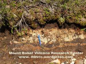 Several layers of volcanic ash can be seen in trail cuts.